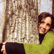 Girl hugging tree 110.jpg